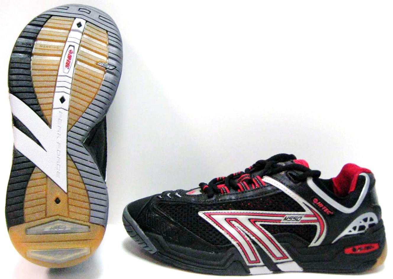 Hi-Tec M550 Squash Men's Shoe (Black/Red/Silver) - ONLY SIZE 7, 8, 8.5, 11.5 & 14 LEFT IN STOCK